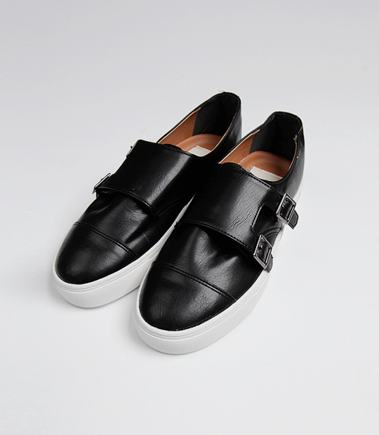 Buckle Leather Point Shoes